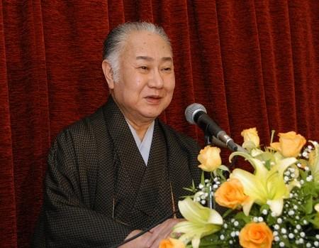 http://www.kabuki.ne.jp/cms/topics/20091102_0800000gy9H.jpg