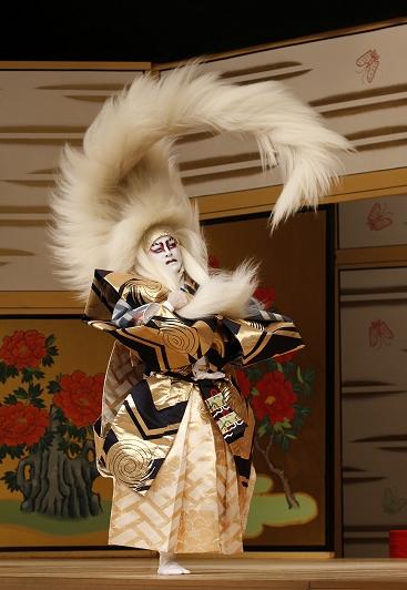 歌舞伎の春興鏡獅子